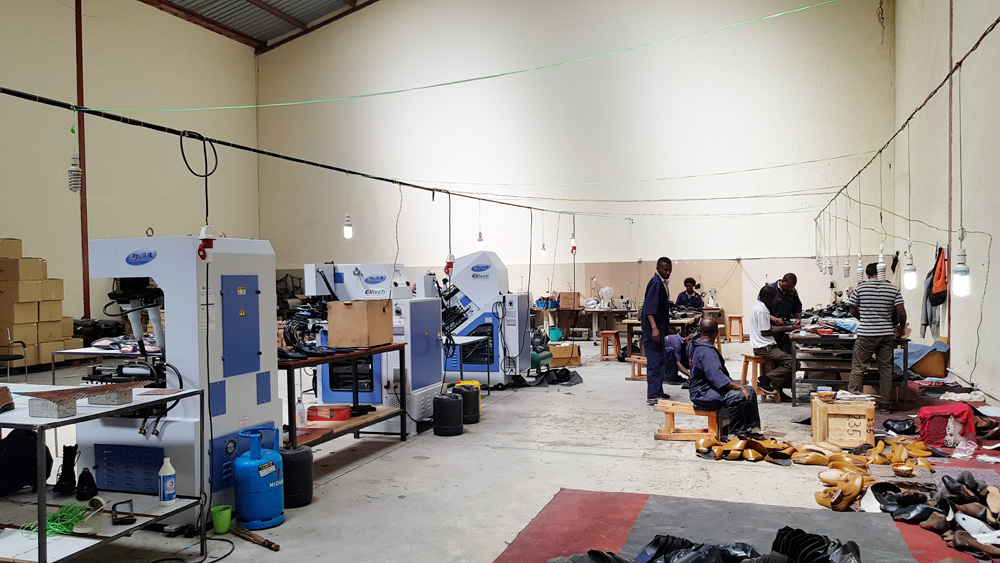 Kenya shoe factory Toe lasting machine Taiwan elitech