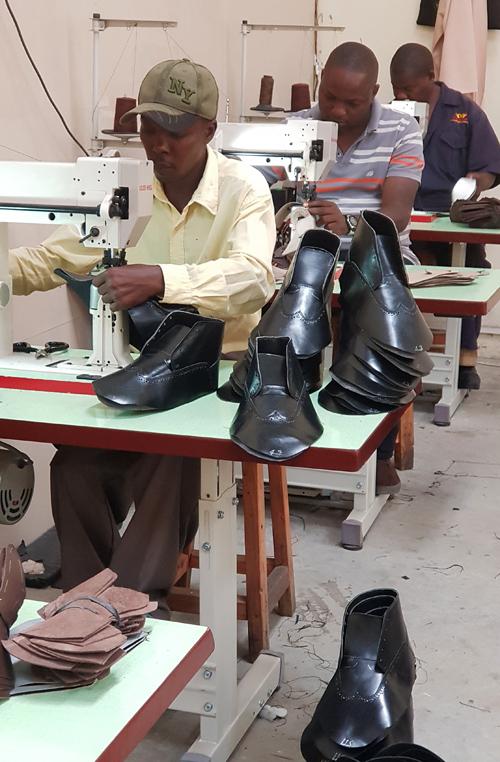Kenya shoe factory Shoe Machines Stitching machine